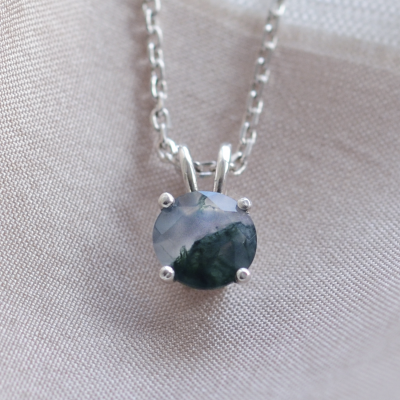 Gold necklace with round moss agate SIOBHAN