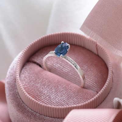 Magnificent blue topaz ring EIMEAR