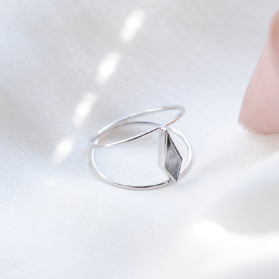 Gold double ring with salt and pepper diamond GRAINNE