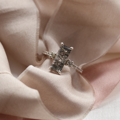 Gold ring with rutilated quartz and diamonds LIAM