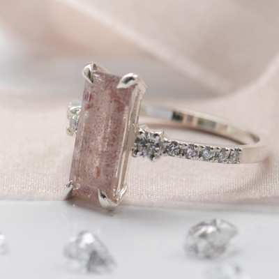 Gold ring with strawberry quartz and diamonds SWEETIE