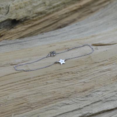 Stříbrný náramek ANITA s přívěskem ve tvaru hvězdy s diamantem