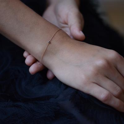 Zlatý náramek s černým diamantem BALA
