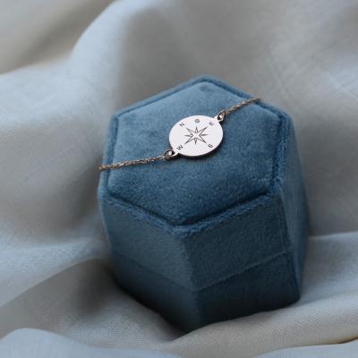 Zlatý náramek s kompasem a diamantem BOBBIE
