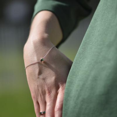 Stříbrný náramek s atypickou kostkou a diamantem Gimle