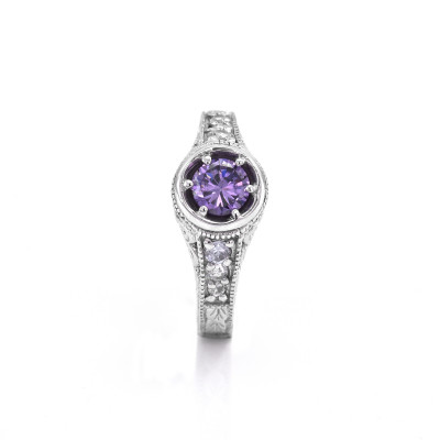 Vintage ring with amethyst 0.5 ct and diamonds OSLO
