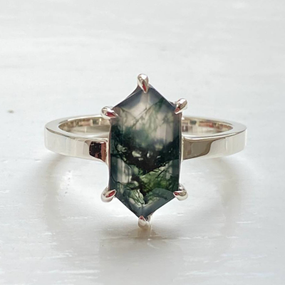Gold ring with hexagon moss agate KLERA