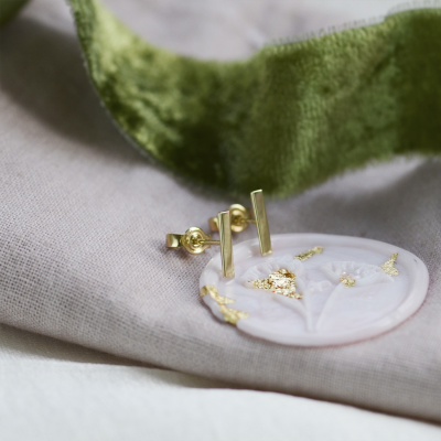 Minimalistic gold earrings MINI