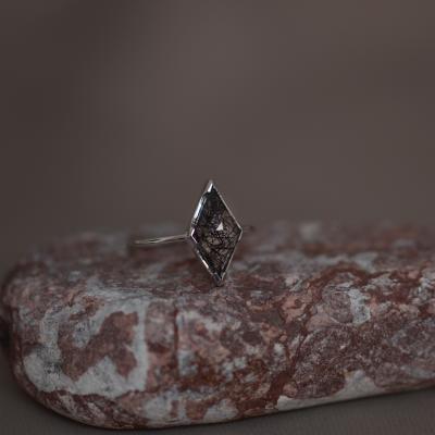Gold ring with rutile quartz BENITO