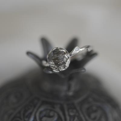 Zlatý minimalistický prsten s rutil quartzem a diamanty HELLIN