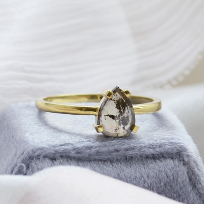 Gold ring with salt and pepper pear diamond BERTA