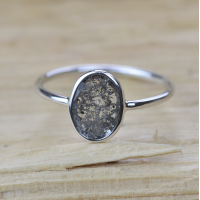 BONNIE gold ring with salt and pepper diamond 0.65 ct