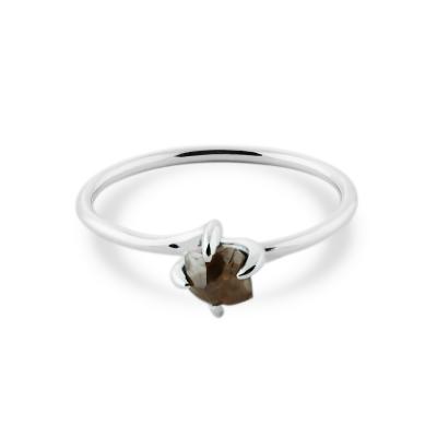 Okouzlující prsten z bílého zlata se surovým diamantem 0.63 Ct FIONA