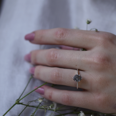 Gold ring with oval salt and pepper diamond OLLY