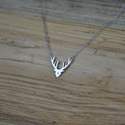 Stříbrný náhrdelník ELIANA s diamantem