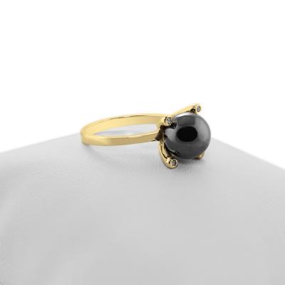 Zlatý prsten s hematitem a diamanty BURAS