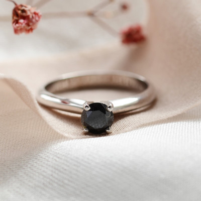 Engagement ring with black diamond 0.5ct FLORA