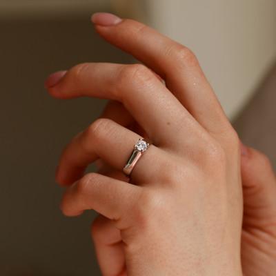 Ring with zircon HEIM