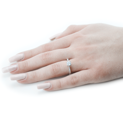 Gold ring with diamonds - LOTE