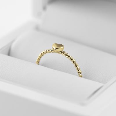 Minimalistický prsten se srdcem ze zlata LUSI