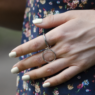 Minimalist silver ring with the circle NORE