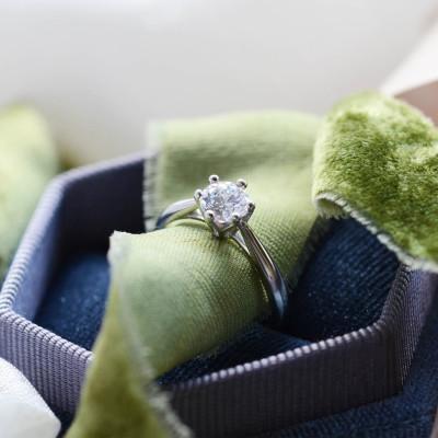 OLLY gold diamond wedding ring