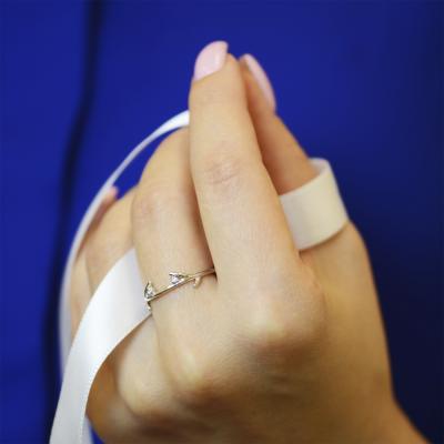Gold minimalist leaf ring with diamonds OWE