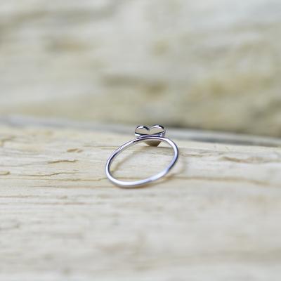 Stříbrný prsten ve tvaru srdce s diamantem PATRICIA