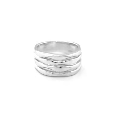 Stříbrný maxi prsten s jemnými drážkami SLEDE