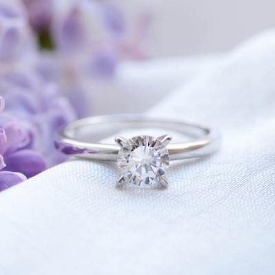Platinum ring with diamond 0.4ct VEITA