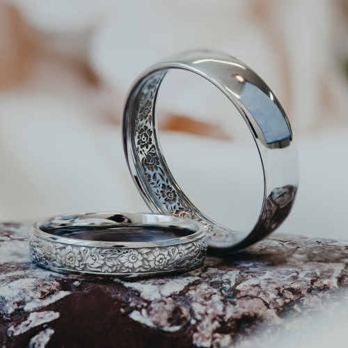 Gold folklore wedding rings COMO