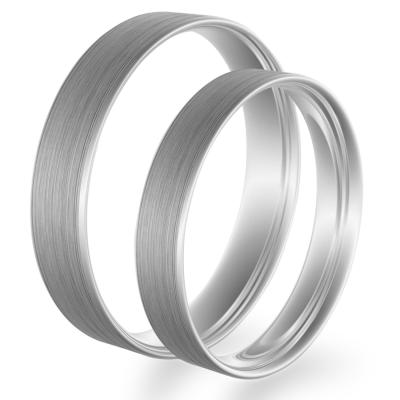 Flat matt wedding rings made of white gold