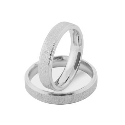 Zlaté snubní prsteny z kombinovaným matným povrchem LIDE