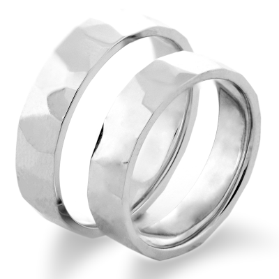 LOGAM gold wedding rings - strong traditions with a new image