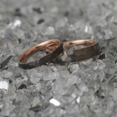 Hammered Wedding Rings made in rose gold PERU